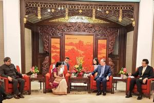 Swaraj calls on Chinese vice president