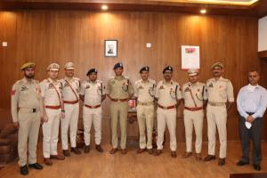 IGP decorate police officers with JKPMG, JKPMMS