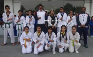JKPS students participates in J&K State Taekwondo...