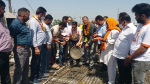 Kavinder starts slab work of Ram Leela Hall at Wa...