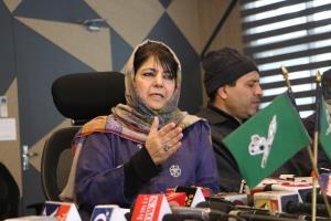 Mehbooba seeks immediate release of JKLF chief Ya...