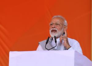 Armed forces free to hit back, says PM Modi on Pu...