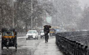 Light rain lashes J&K, nights become warmer