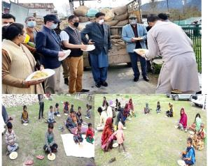 Kishtwar administration distributes free ration t...
