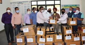 SBI donates PPE kits, Masks, gloves & sanitizers ...
