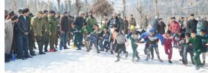 DDC Pulwama inaugurates Snow Run at Sangerwani