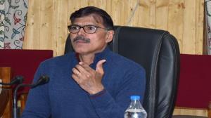 Advisor Kumar visits Kupwara, inspects SDH Sogam