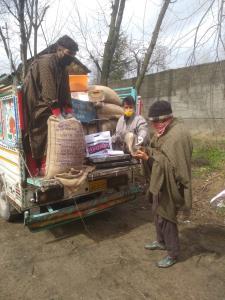 FCS&CA Shopian delivers essentials at peoples doo...