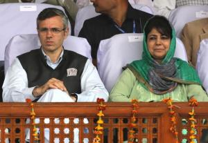 Mehbooba, Omar urge Centre to ensure safety of Ka...