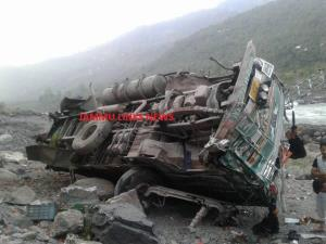 Truck falls into gorge in Ramban, 1 killed