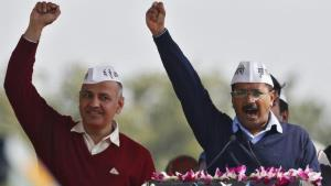 AAP govt moves SC seeking constitution of larger ...