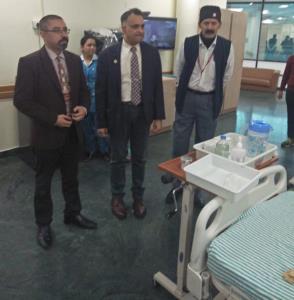 Eminent Endocrinologist visits SMVD Narayana Hosp...