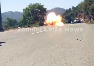 Indian Army diffuses IED bomb recovered on Jammu-...