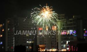 Supreme Court puts partial ban on firecrackers, a...