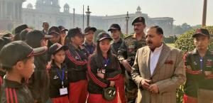 Students from remote Northeast areas visit Delhi,...