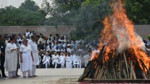 Atal Bihari Vajpayee cremated at Smriti Sthal, na...