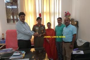 GCW Udhampur felicitates Cadet Aakriti Sharma