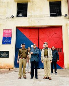 DG Prisons visits Uttar Pradesh, interacts with d...