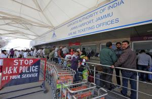 CISF to replace J&K Police at Srinagar, Jammu air...