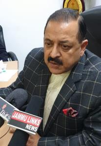 Dr Jitendra hails 12 new Colleges for Udhampur pa...