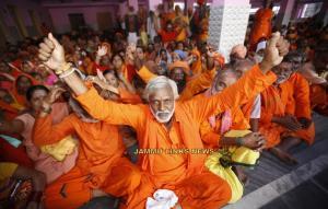Fresh batch of 3178 pilgrims leave for Amarnath C...