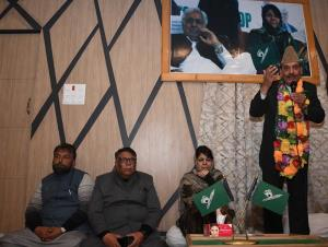 Former state Congress gen secy joins PDP