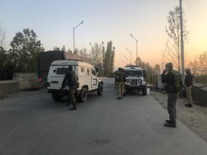 Encounter between terrorists, security forces und...