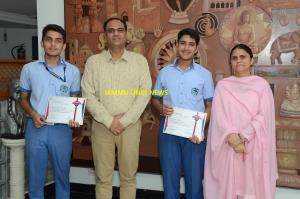 Heritageans shine at National Level Quiz