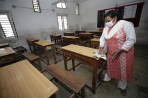 Schools to reopen in J&K from Sept 21, Students c...