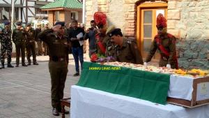 J&K Police pays floral tribute to policeman marty...