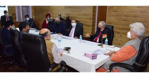 Lt Governor chairs high level meeting with team o...