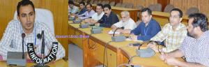 DEO Udhampur reviews preparedness for ULB polls