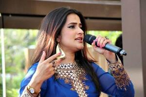 #MeToo: Singer Sona Mohapatra urges PM to stand u...
