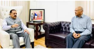 LG Ladakh meets Dr Jitendra, discusses Civil Serv...
