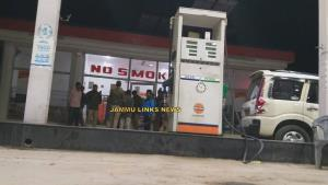 Two injured in Kathua petrol pump robbery