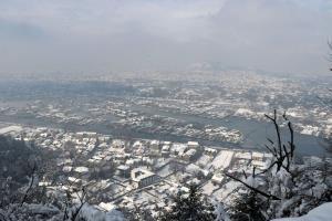 Heavy rain, snow lash J&K