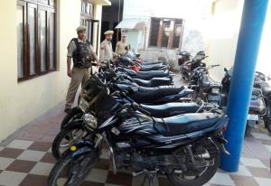 30 two-wheeler seized for illegal parking