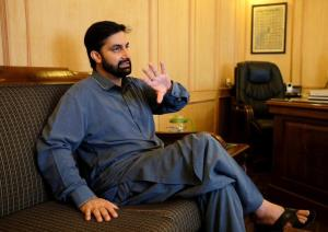 Reports of Mirwaiz singing bond to secure his rel...