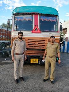 Bid to smuggle cough syrup foiled in Kathua