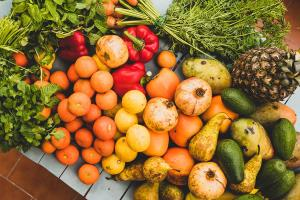 Consuming fruit, vegetables and exercising can ma...