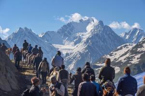 Darshan at Amarnath breaks last 4-year record