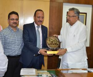 Abdul Haq calls on Chhattisgarh CM to discuss iss...