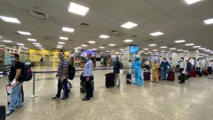 15 flights with 1603 passengers land at Jammu, Sr...