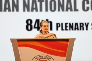 Sonia targets Modi, accuses him of making hollow ...