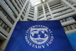 IMF sees downside risk for global economy