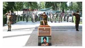 Army pays tribute to soldier martyred in Pulwama