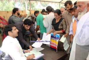 DC Rajouri listens to public issues