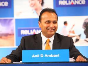 Anil Ambani welcomes SC order dismissing Rafale p...