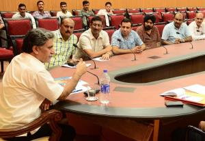 Advisor Ganai conducts public grievances redressa...