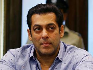 SC stays proceeding against Salman Khan for alleg...